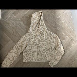 NWOT Abercrombie leopard print cropped hoodie